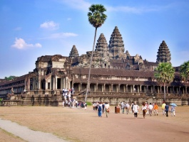 Angkor In Touch Tour - 2 days / 1 night