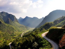 Explore vietnam at your limited budget - 10 days / 9 nights