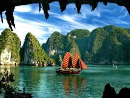 VIETNAM IMPRESSION TRIP - 17 DAYS / 16 NIGHTS
